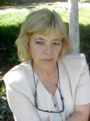 Силвия Георгиева - учител - математика, информатика, информационни технологии гимназиален етап